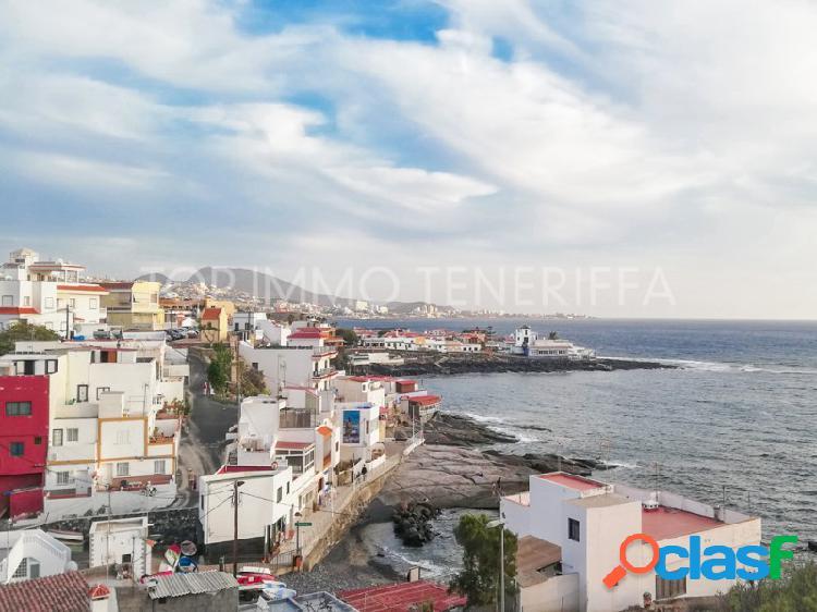 Precioso apartamento con vistas al mar en La Caleta - en