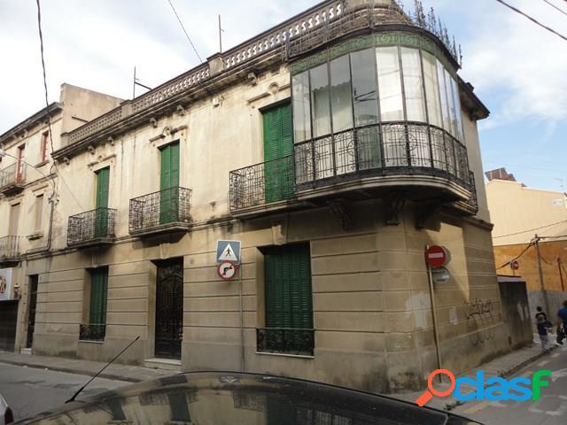 Sant Celoni: Casa esquinera en pleno centro del núcleo