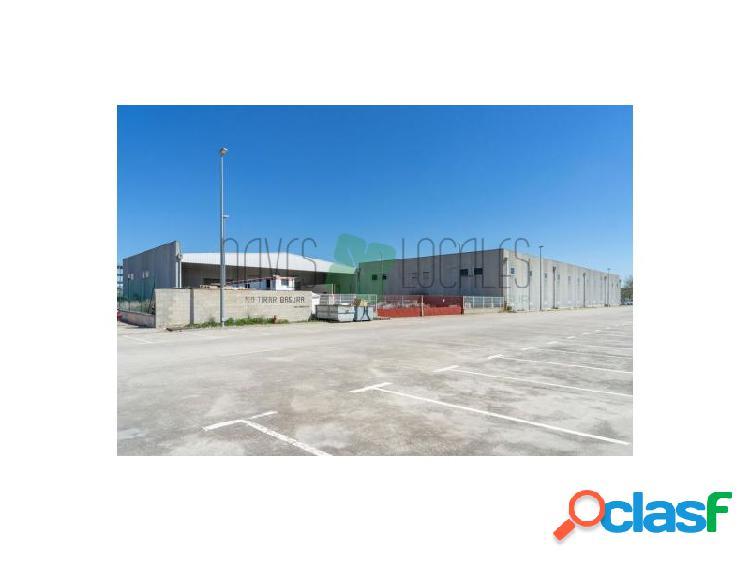 Venta de Nave Industrial en Torrejón del Rey