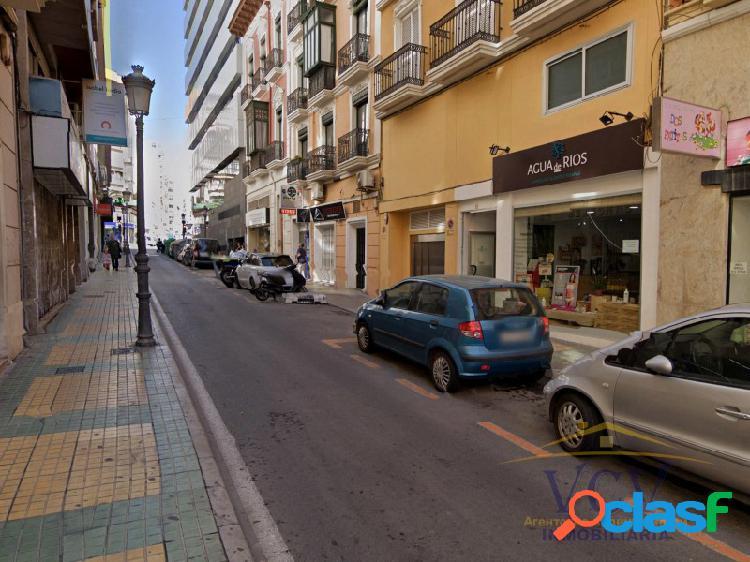 Local comercial en Centro de Alicante