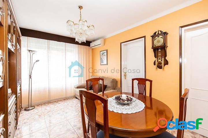 Magnifico piso de 70 m2 al lado del parque de Can Gambús