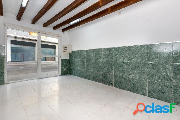 Venta local comercial con terraza en el Molinar, Palma de
