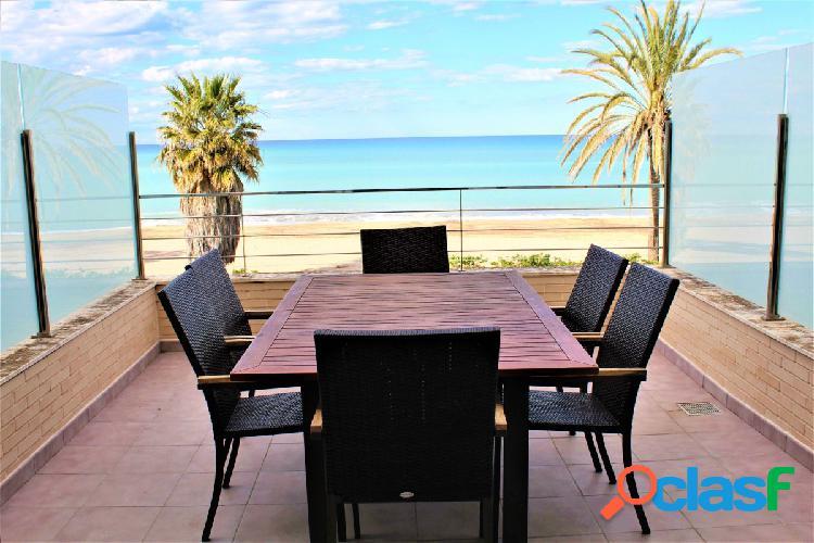 Apartamento duplex con increíbles vistas al mar zona (LAS