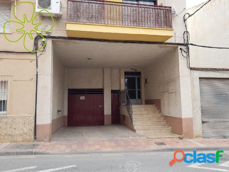 Garaje en venta con acceso por calle Rambla Alta de Lorca.