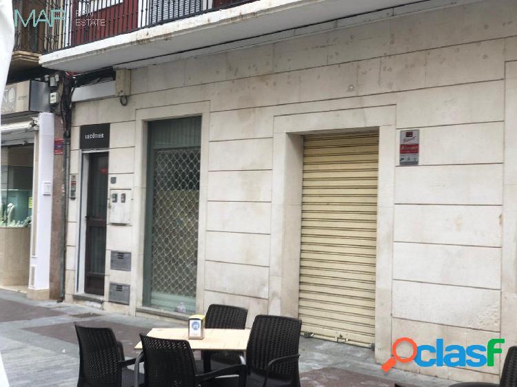 LOCAL COMERCIAL A PIE DE CALLE EN PLENO CENTRO DE ELCHE.