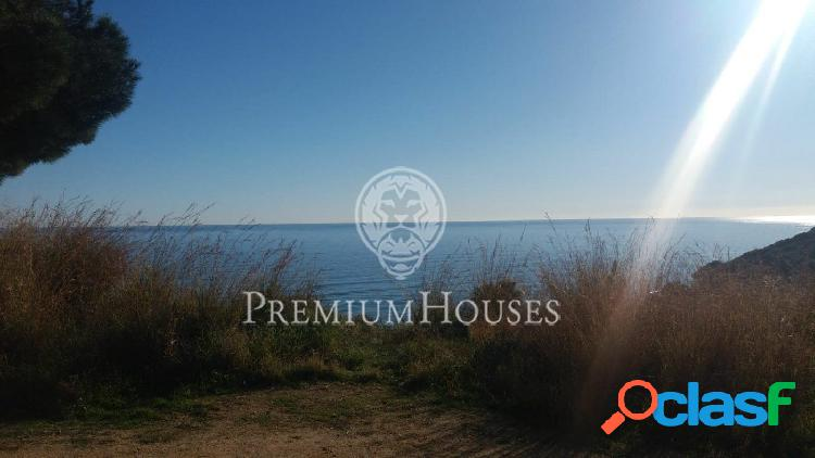 Terreno en venta en Arenys de Mar, con vistas.