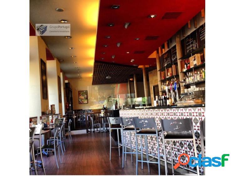 Traspaso Excelente Café Bar 295m² en zona Centro
