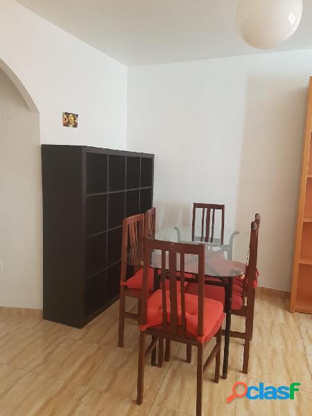 Bonito apartamento con todos los servicios