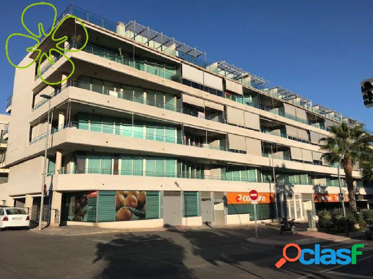 Cuatro pisos en venta en edificio situado en la Avenida