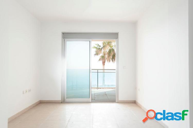 Disfruta de tu apartamento con las mejores vistas!!