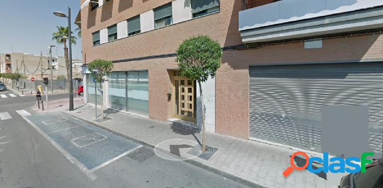 LOCAL DE 95 m2 zona Ancha de Castelar