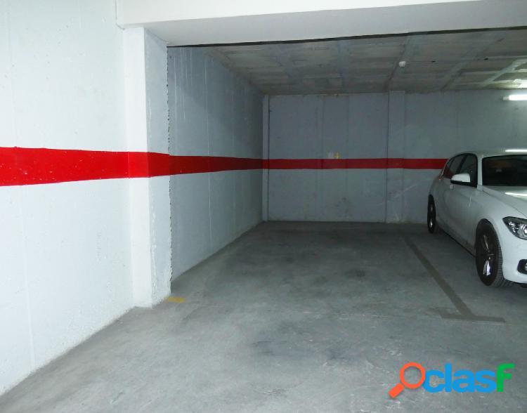 ¡Plaza de garaje en el Centro de Alicante, en la calle Dr
