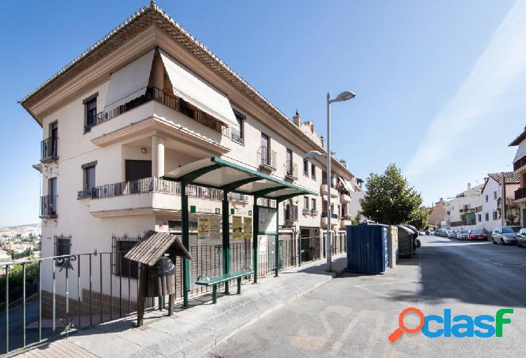 Plaza de garaje en el centro del Barrio de Monachil
