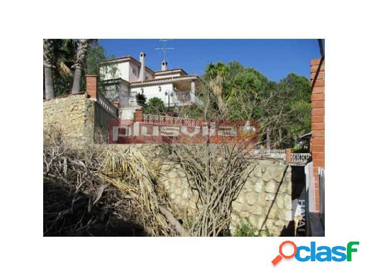 Terreno con edificiacion en venta Urbanizacion Mas Romeu,