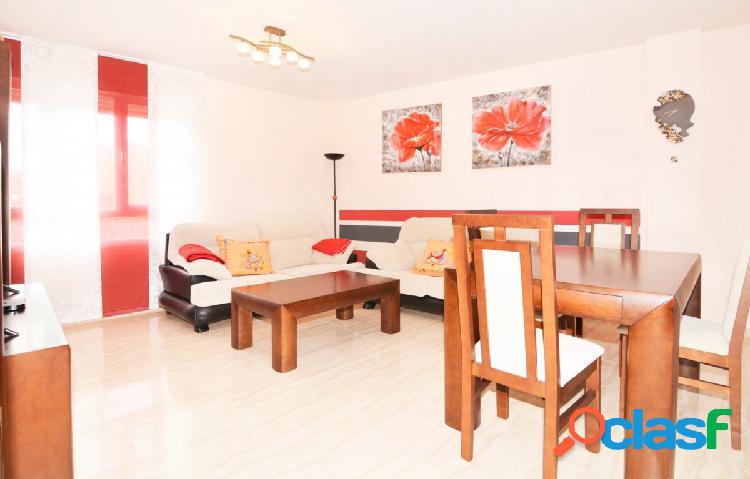 Urbis te ofrece un bonito piso en alquiler en Aldeatejada,