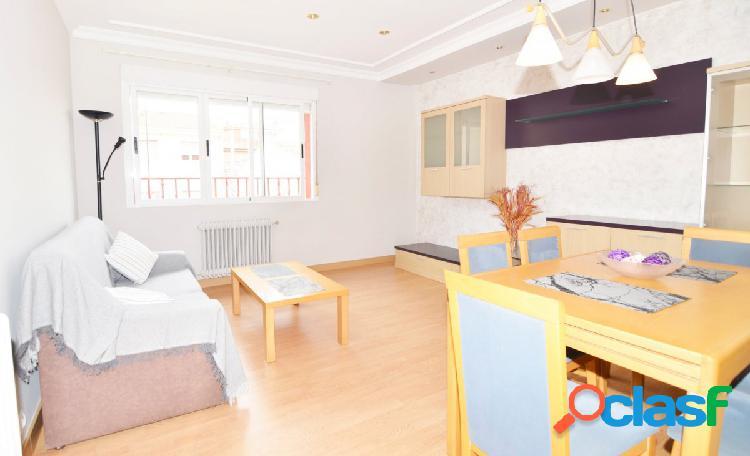 Urbis te ofrece un estupendo piso en venta en Santa Marta de