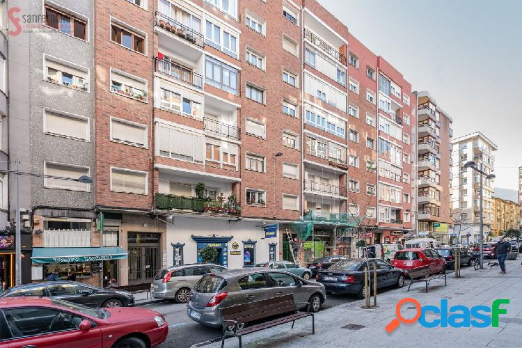 Venta de piso en Santander con ascensor en la calle Cisneros