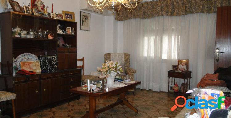 Viviendanet inmobiliaria vende 2º piso real zona avenida