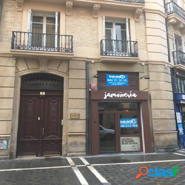 Alquiler local preparado en Casco Viejo de Pamplona. Junto