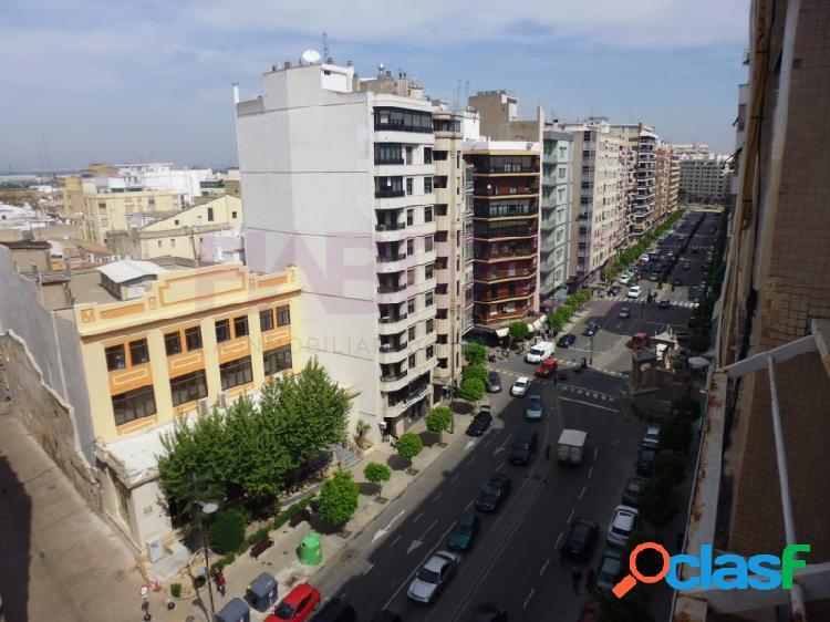 Piso en alquiler en Avenida Santos Patronos, Alzira