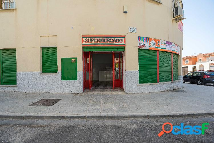 Local comercial en Retamar