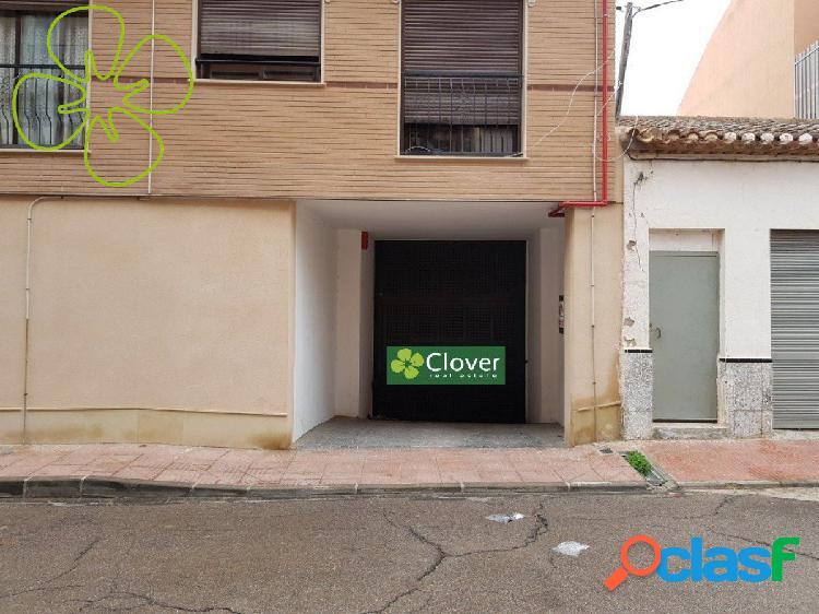 En venta 10 plazas de parking en la calle Antonio Martínez