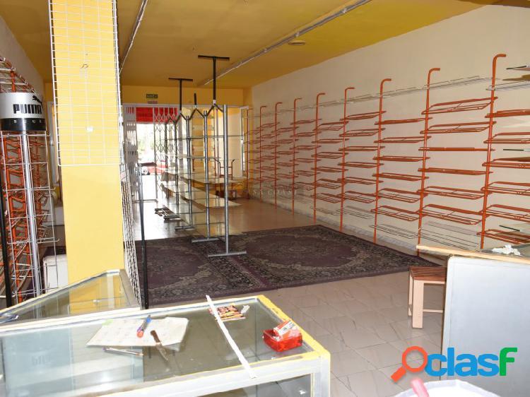 Local comercial en alquiler en zona céntrica de Fuengirola.