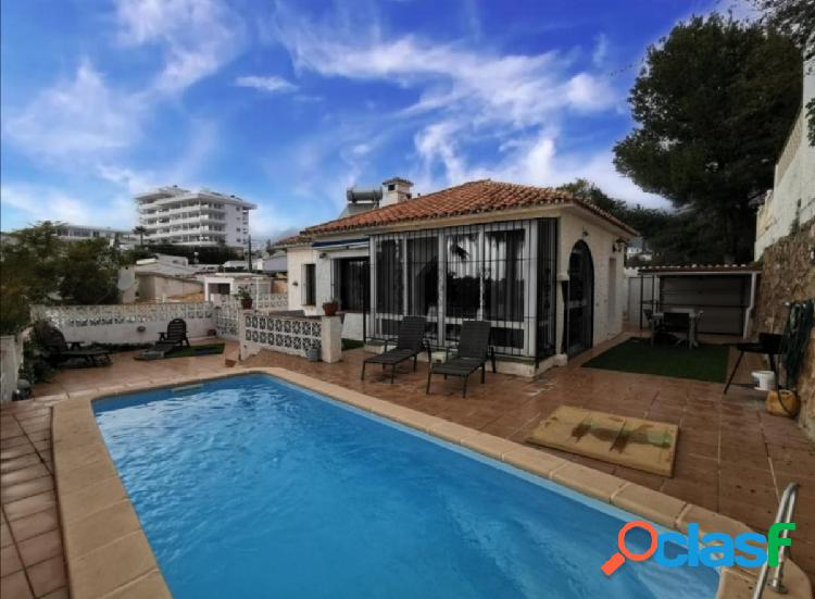 Villa a la venta en Torreblanca, Fuengirola