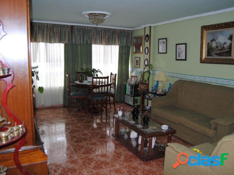 Piso 4 habitaciones Venta Ferrol