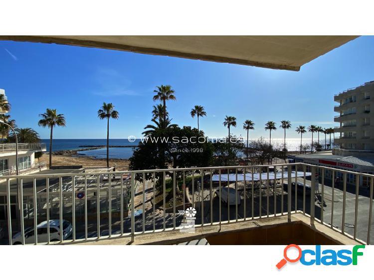 Apartamento con vistas al mar en 2º Linea de Playa.