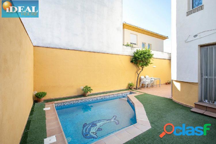 A6650M4. Pareada con Piscina en Santa Fe. www.idealhouse.es