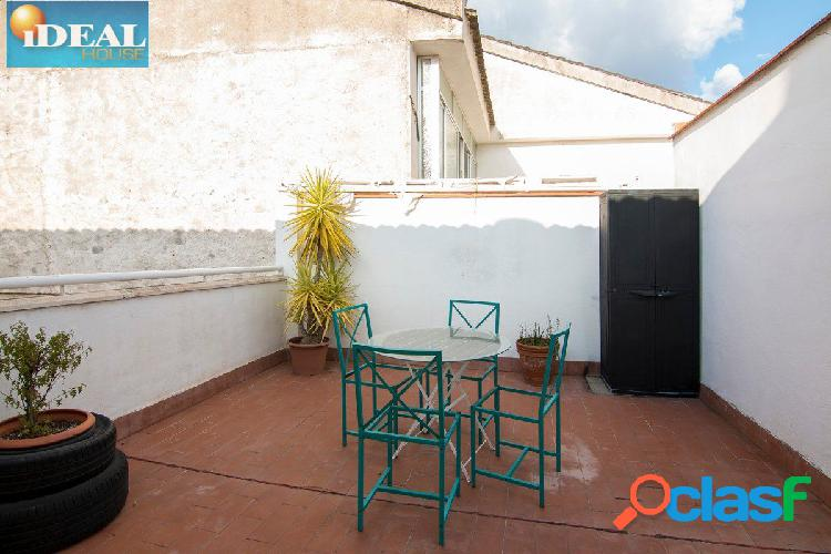 A6667J1. Piso con espectacular terraza en Huetor Vega.