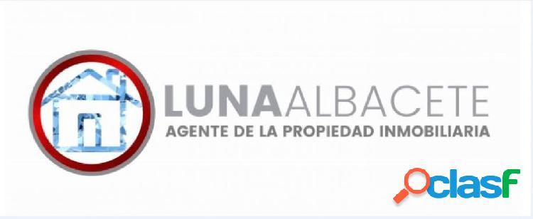 API LUNA AB VENDE PRECIOSO PISO EN EL CENTRO CON GARAJE