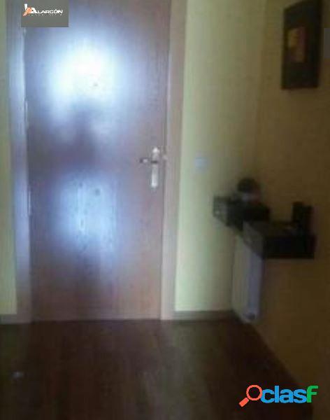 Alarcon Inmobiliaria Vende Bonito Apartamento situado en
