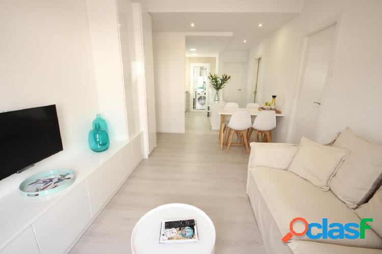 """""""Apartamento de 2 dormitorios con reforma integral cerca del"""