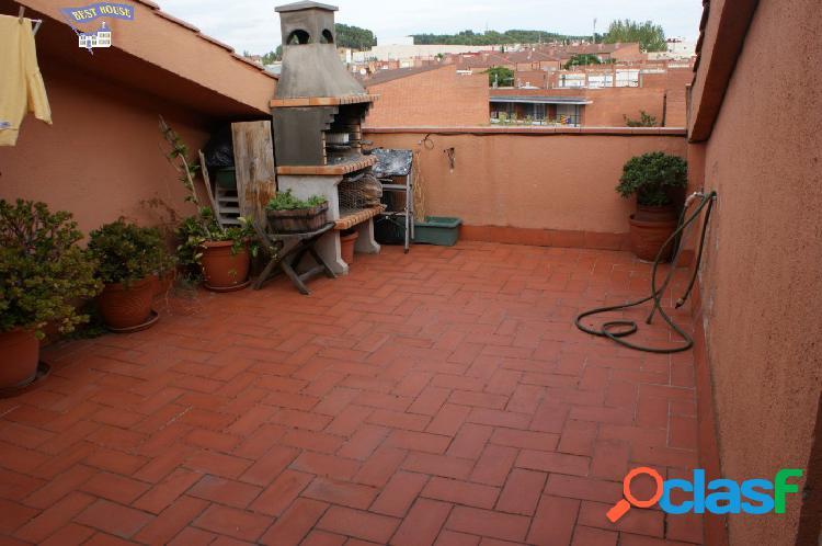 Atico duplex 2 hab, terraza y parking en Rubí
