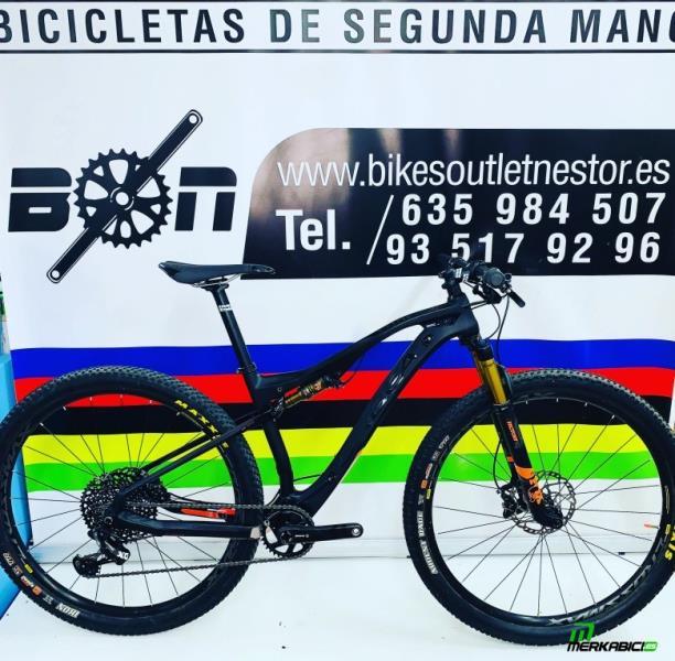 Bicicleta Orbea Oiz M20 Carbon 29
