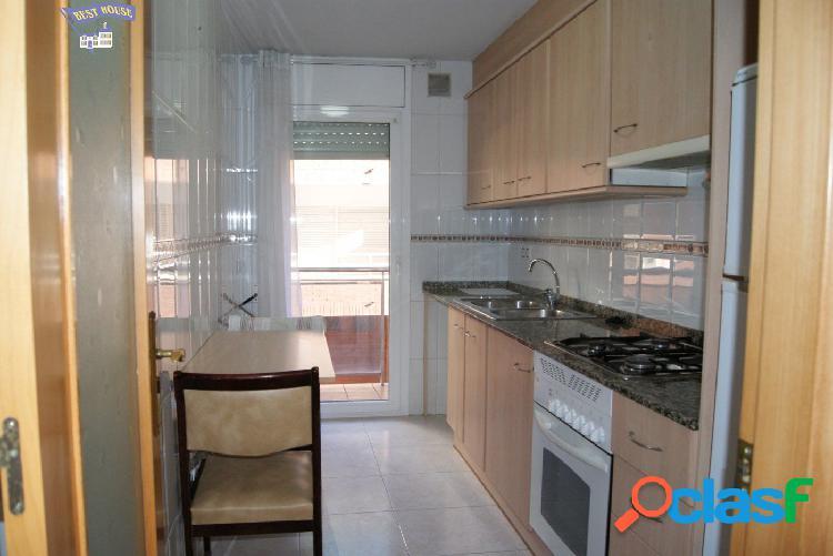 Bonito piso en venta en zona Plaça Catalunya