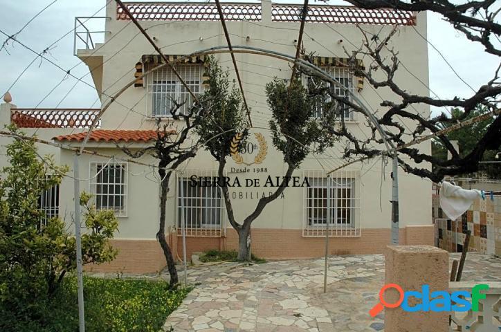 CHALET EN PLENO CENTRO DE EL ALBIR