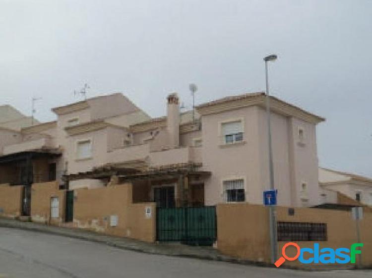 Casa adosada en Urbanización El Carmoli