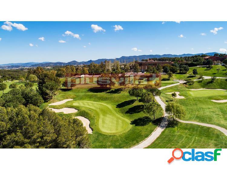 Casa adosada en venta Sant Esteve Sesrovires, Club de Golf,