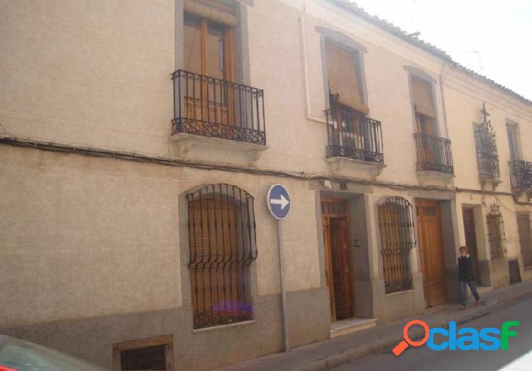Casa en venta en Manzanares, Ciudad Real.