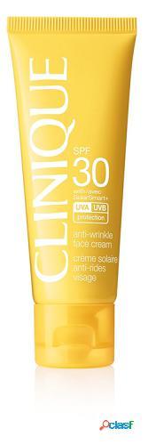 Clinique Protector Solar Facial Antiedad en Crema spf 30 de