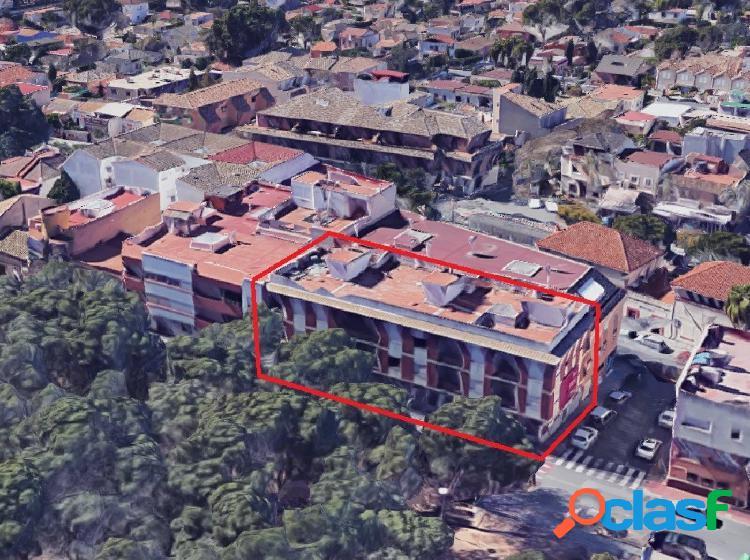 Edificio en venta en La Cañada.