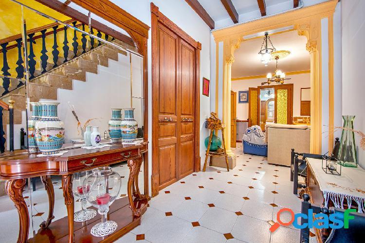 En venta casa de Pueblo en Llucmajor, Mallorca.