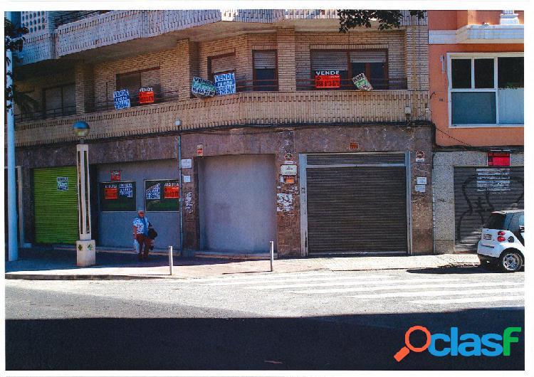 Entresuelo en Elche zona Plaza Obispo Siuri, 135 m2.