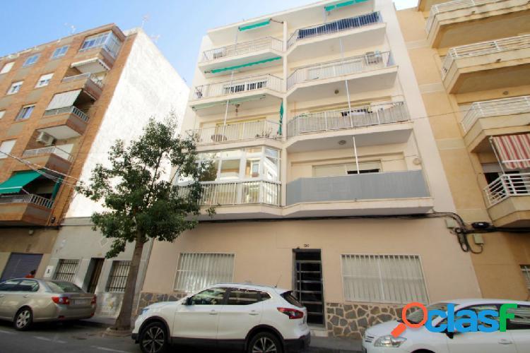 Espacioso apartamento en Playa del Cura, Torrevieja