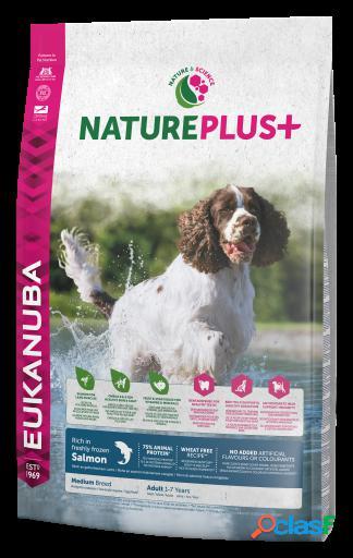 Eukanuba Pienso para Perros Adultos Medianos NaturePlus+