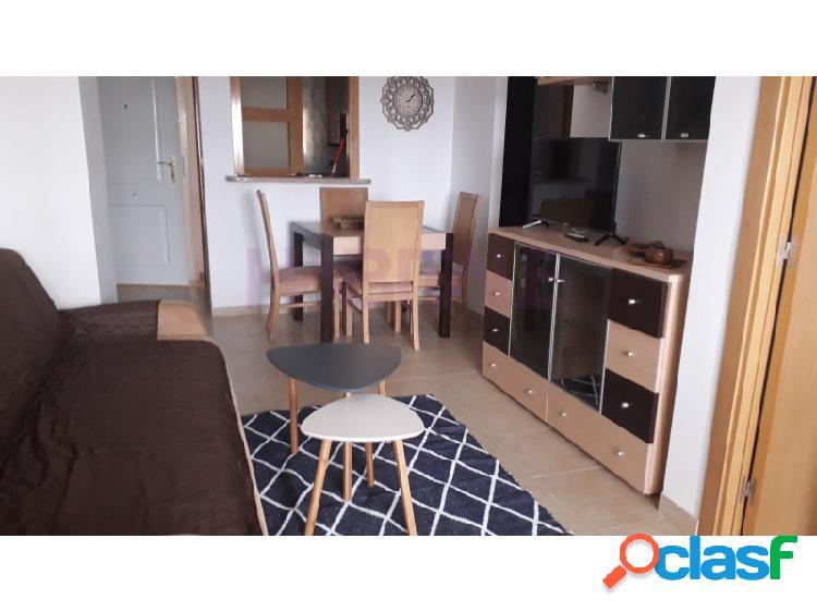 Excelente apartamento en segunda linea de playa.