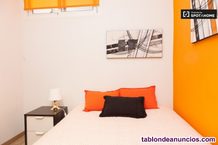 Habitación moderna e individual